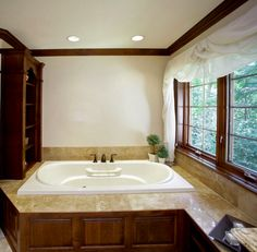 Master Bath remodel project by Barenz Builders with a drop-in BainUltra Amma bathtub! To know more about this therapeutic tub, click here: http://www.bainultra.com/therapeutic-baths/our-collections/amma/amma-7236