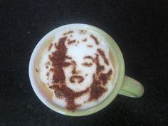 Marilyn Monroe - latte art by troskx