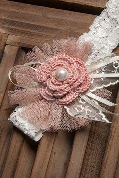 Κορδέλα δαντελένια ελαστική με πλεκτό λουλούδι σε σάπιο μήλο Burlap Wreath, Fascinator, Crochet, Celebration, Diy, Inspiration, Motivation, Decor, Vintage