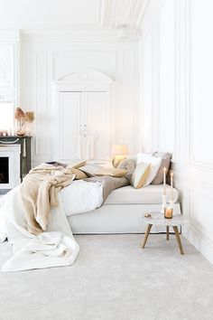 love photography winter beautiful white vintage room bedroom design Home boho old architecture bohemian Interior Design house cosy cozy cottage interiors decor decoration minimalism industrial deco minimalistic scandinavian pallets all white pallet bed Dream Bedroom, Master Bedroom, Bedroom Decor, Bedroom Ideas, Bedroom Bed, Kids Bedroom, Decorating Your Home, Interior Decorating, Decorating Ideas