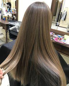 Brown Blonde Hair, Light Brown Hair, Brunette Hair, Pastel Purple Hair, Hair Highlights, Balayage Hair, Hair Looks, Hair Inspo, Hair Trends