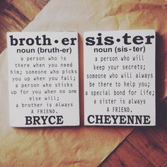 Estos signos se hacen blanco con los bordes un poco apenados. Miden 12 x 15. Son sellados para una mejor protección y vienen con un gancho para colgar fácilmente. Por favor dejar nombres en la sección de notas a vendedor después de la compra. Si usted está comprando dos (una para el hermano y el envío de la hermana entonces permanecerá el mismo! Dos signos pueden caber en una caja!) Sígueme en INSTAGRAM @PaisleysParables O www.com/Facebook.com/paisleysparables  * Si usted como un esquema de…