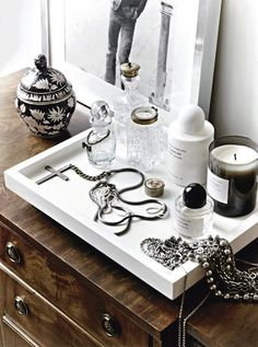 A FASHIONABLE HOME: NEUTRAL CHIC IN SWEDEN - Le Fashion | BLACK & WHITE