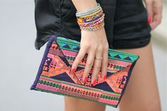 Clutch : Maison Scotch, Cuff bracelet : Hipanema / Fadela Mecheri sur Spritzi.com / Spritzi, fashion blogs news in real time #fashion #blogger