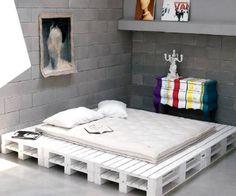 ideen für möbel aus europaletten weißes holzbett