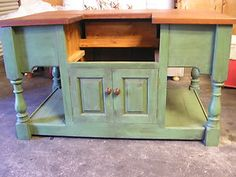 FREE STANDING SOLID WOOD KITCHEN UNIT WITH SECTION FOR SINK