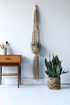 50 Beautiful and Easy Living Room Decoration Ideas With Macrame Plant Hanger