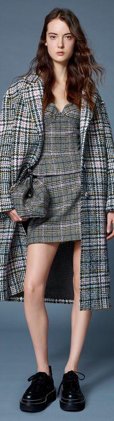 Only Fashion, Work Fashion, Fashion 2020, Fashion Brands, High Fashion, Womens Fashion, Fashion Design, Evening Attire, Evening Dresses