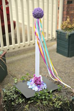 Make a Miniature Maypole Craft - May Day