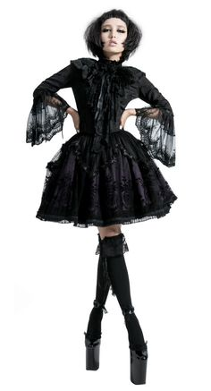 Gothic lolita... love the whole thing