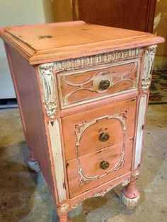 Shabby Paints Coral