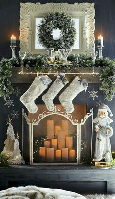 Gorgeous Christmas Fireplace Decor and Design Ideas Christmas Mantels, Noel Christmas, Winter Christmas, Christmas Crafts, Victorian Christmas, Pink Christmas, Vintage Christmas, Christmas Bedroom, Christmas Ornaments