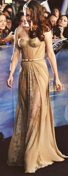 Kristen Stewart at Breaking Dawn 2 premiere