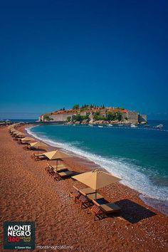 Voyage Montenegro, Adriatic Sea, Mediterranean Sea, Eastern Europe, Beautiful Places, To Go, Blues, Dreams, Country