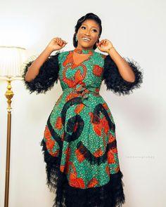 Ankara Designs, Ankara Styles, African Dress Patterns, Fashion Styles, Fashion Outfits, African Fashion Traditional, Purple Gowns, Ankara Fashion, Clothing Styles