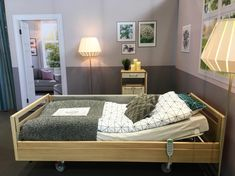 Who knew that a home care bed could look this good? It has all the functionalities you need and a great design. A good idea for elderly and others who need help but would like to stay in their own home. Bed from KR.