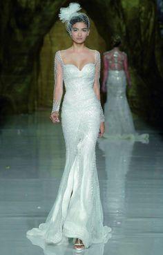 Pronovias Wedding Dresses 2014: An Enchantingly Diverse Collection - MODwedding