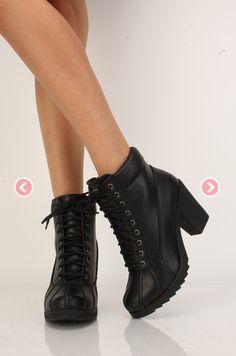 940085fb464a Las 9 mejores imágenes de Botas militares mujer Outfit en 2018