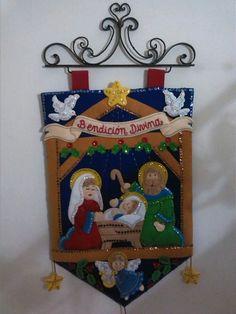 Christmas Charts, Christmas Stocking Kits, Felt Christmas Stockings, Easy Christmas Crafts, Christmas Sewing, Christmas Nativity, A Christmas Story, Simple Christmas, Christmas Wreaths
