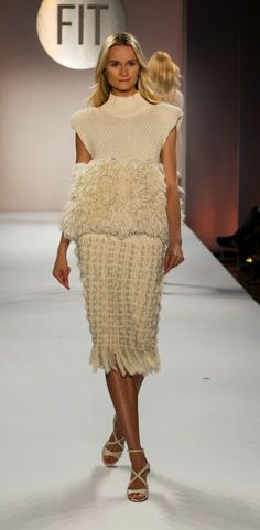 http://knitgrandeur.com/2015/05/the-future-of-fashion-fit-2015-knitwear.html/