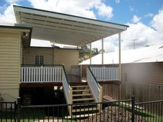 hipages.com.au is a renovation resource and online community with thousands of home and garden photos Decking Ideas, Roof Ideas, Back Deck, Deck Design, Garden Photos, Yard, Patio, Projects, Outdoor Decor