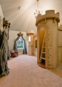 Fairy tale bunk bed and look how the entire room is decorated like a castle. So clever.