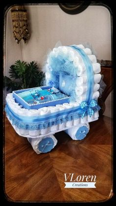 Baby Gift Diaper Cake Carriage Bassinet Stroller Baby Shower - Everythink for Babyshower Baby Shower Niño, Shower Bebe, Baby Shower Cakes, Baby Shower Gifts, Baby Gifts, Baby Shower Diapers, Diaper Bassinet, Tricycle Diaper Cakes, Diy Diaper Cake