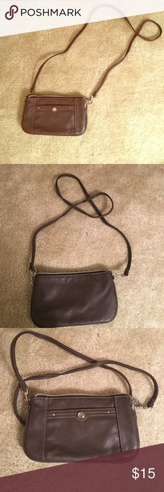 Cross-body leather bag Small, brown leather cross-body purse. Great for travel or carrying your essentials! Relic Bags Crossbody Bags