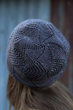 Sette Vele Knitting pattern by Woolly Wormhead Knitted Socks Free Pattern, Knitted Hats, Christmas Knitting Patterns, Crochet Patterns, Hat Patterns, Arm Knitting, Knitting Socks, Knit Crochet, Crochet Hats