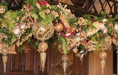 Christmas Garland: Details
