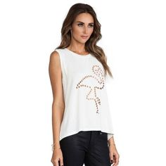 HDY Haoduoyi Fashion White Women T-shirts Cut Out Crew Neck Sleeveless Casual Tops Women High Low Hem Slim Basic Pullovers Tees