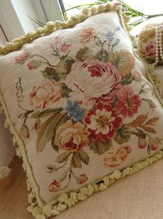"16"" European Country Style Pastel Wool Hand Stitched Floral Needlepoint Pillow 