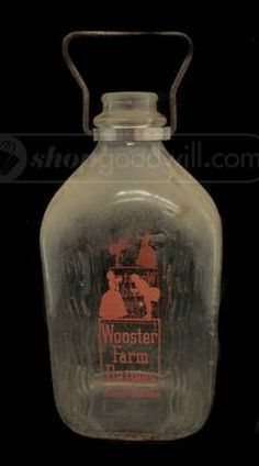 shopgoodwill.com: Wooster Farm Dairies Half Gallon Glass Milk Bottle