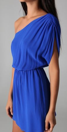 Off Shoulder Blue Silk Dress - love the color - unsure how the top would look on me though Look Fashion, Fashion Beauty, Dress Fashion, Fashion Ideas, Womens Fashion, Cute Dresses, Cute Outfits, Blue Silk Dress, Cobalt Dress