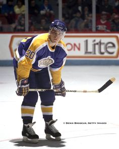 MONTREAL Luc Robitaille of the Los Angeles Kings skates against the Montreal Canadiens in the at the Montreal Forum in Montreal Quebec. Hockey Puck, Hockey Games, Ice Hockey, King Picture, We The Kings, Star Wars, Los Angeles Kings, Montreal Quebec, Nfl Fans