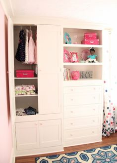 Built-in Closet Hack (upcycle from old furniture!) #closet #built-ins #bookcase Remodelaholic.com