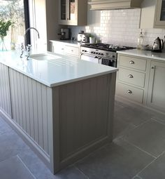 Paris Grey limestone floor tiles