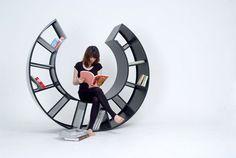 棚としても使えて、本を読むときにも使えて便利だと思いました!KAMKAM furniture design - The Motion
