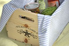 4th of July - Make your own personalized summer picnic crate. I love this idea! Would make a great wedding gift too!