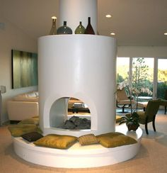 LA Good Questions: Custom Seat Cushions for Circular Fireplace?