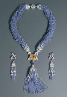The Tanzanite Foundation Blog : Less Polish, More Personality : Cartier's beautiful beaded creations.