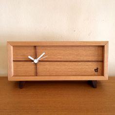 シンプルな木製家具うたたねの置時計