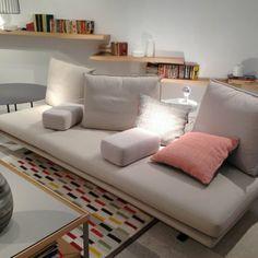 Cinna : canapé #Prado et ses dossiers-coussins modulables #mo14 ...