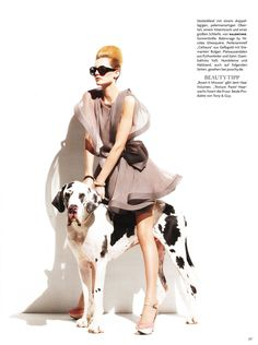Karolin Wolter stars alongside canine companions for her latest work in March's Vogue Germany. Wearing feminine looks styled by Lynn Schimdt and photographed by… Mans Best Friend, Girls Best Friend, Best Friends, Weimaraner, Animal Photography, Fashion Photography, Mode Cool, Amor Animal, Huge Dogs