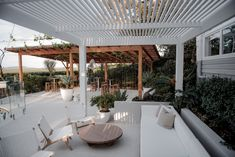 The Fig Tree Revealed - Byron Bay Weddings Outdoor Rooms, Outdoor Living, Exterior Design, Interior And Exterior, Future House, My House, Japanese Garden Design, Garden Architecture, House Goals