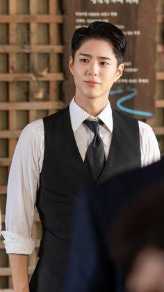 Korean Boys Ulzzang, Korean Men, Beautiful Boys, Pretty Boys, Park Bo Gum Cute, Park Bo Gum Wallpaper, Park Go Bum, Park Hae Jin, Handsome Korean Actors