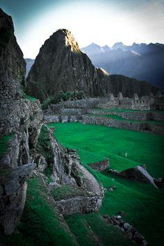 ✯ Machu Pichu Sunrise - Peru