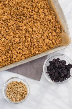 Sunflower Seed Granola #recipe #granola #breakfast #sunbutter #sunflowerseed #sunflowerseedbutter #gf #glutenfree #cleaneating #eatclean #oats #brunch #oatmeal