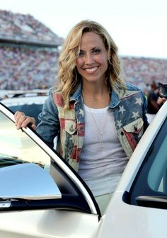 Listen to every Sheryl Crow track @ Iomoio Music Icon, Her Music, Divas, Star Pictures, Star Pics, Best Country Music, Sheryl Crow, Celebs, Celebrities