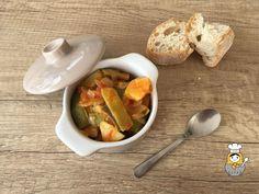 Judías verdes guisadas - Vuelta y Vuelta Cantaloupe, Fruit, Food, Crock Pot, Dishes, Green Beans, Eten, Meals, Diet
